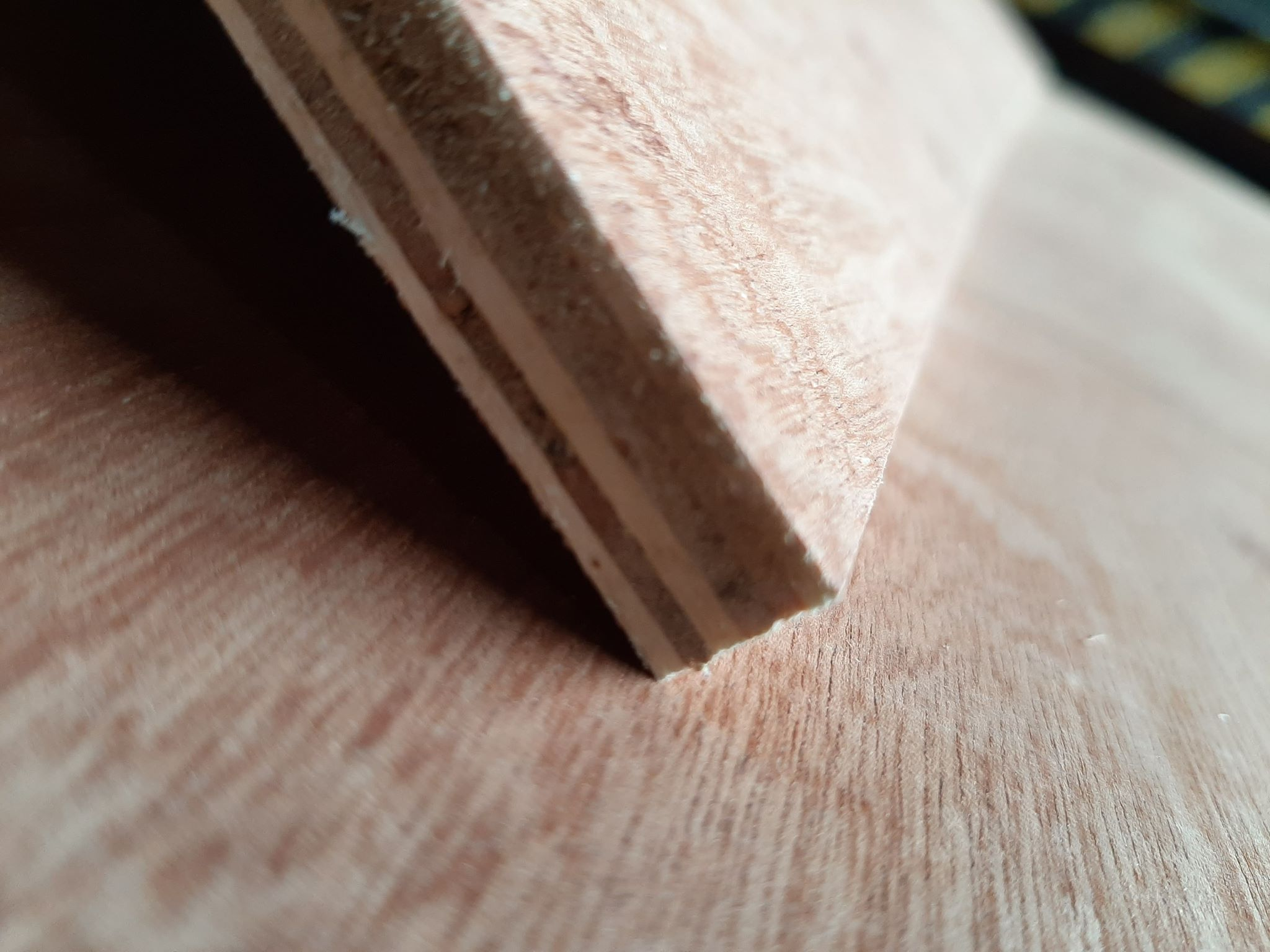 PLYWOOD 12MM